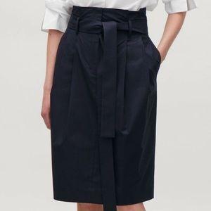 COS midi skirt/ Size 6